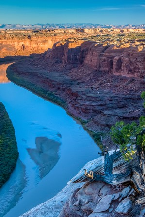 3-best-rafting-trips-on-the-colorado-river-01-bob-wick